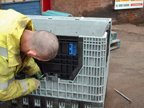 Plastic Pallet Boxes Repair & Maintenance Services